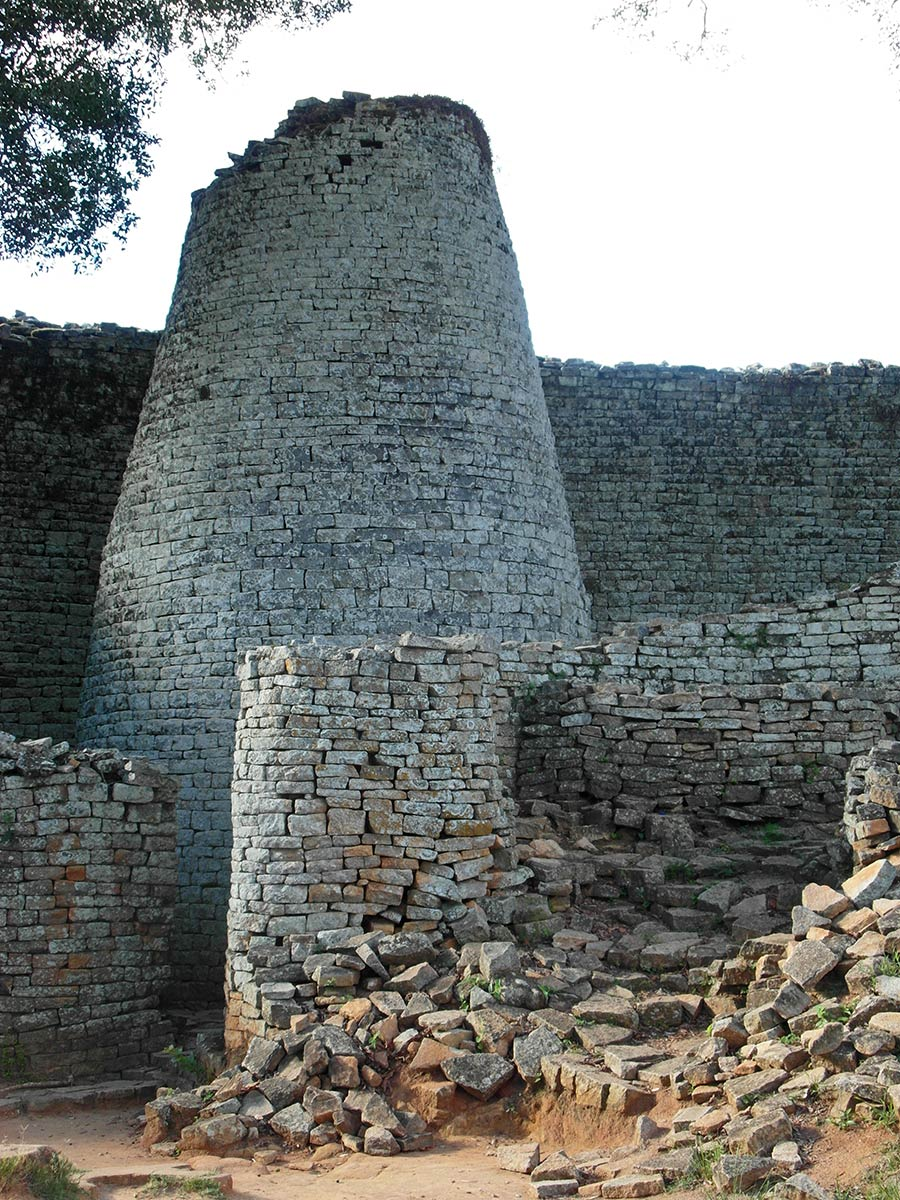 Great Zimbabwe ruins, mysterious stone tower