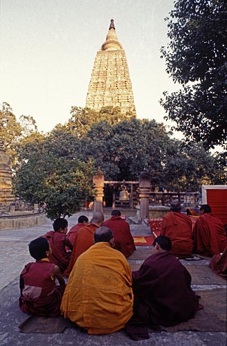 Buddhist monks at Bodh Gaya