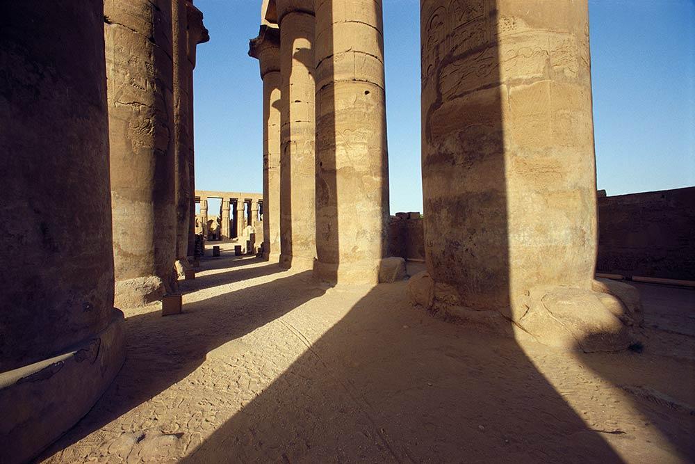 Colonnade d'Amenhotep, Louxor