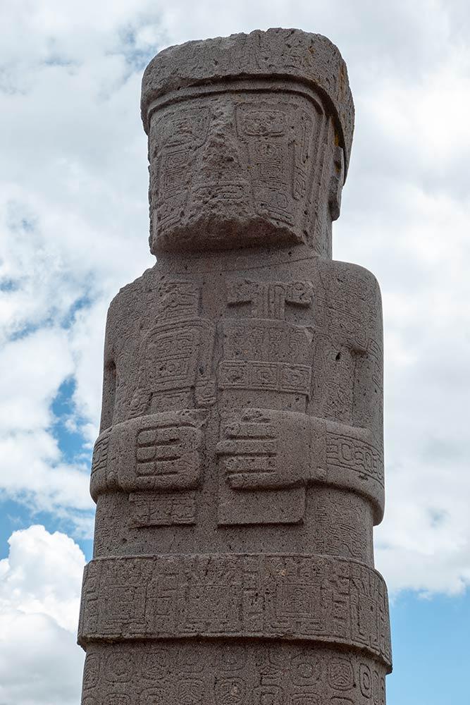 Stela 8, Kalasasaya-Tempel, Tiahuanaco