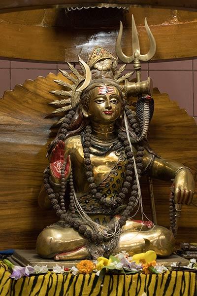 शिव प्रतिमा, ढाकेश्वरी मंदिर, ढाका, बांग्लादेश