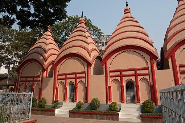 शिव मंदिर, ढाकेश्वरी मंदिर, ढाका, बांग्लादेश