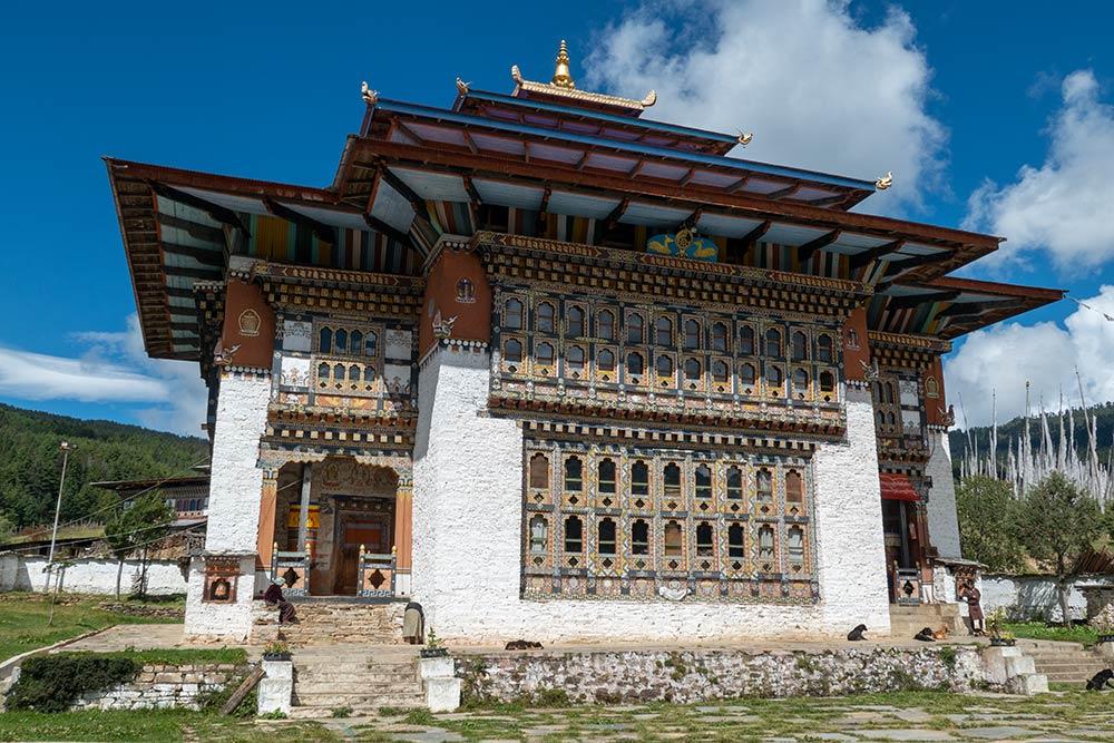 Zhabdrung Ngawang Namgyal estatua, Monasterio Tharpaling