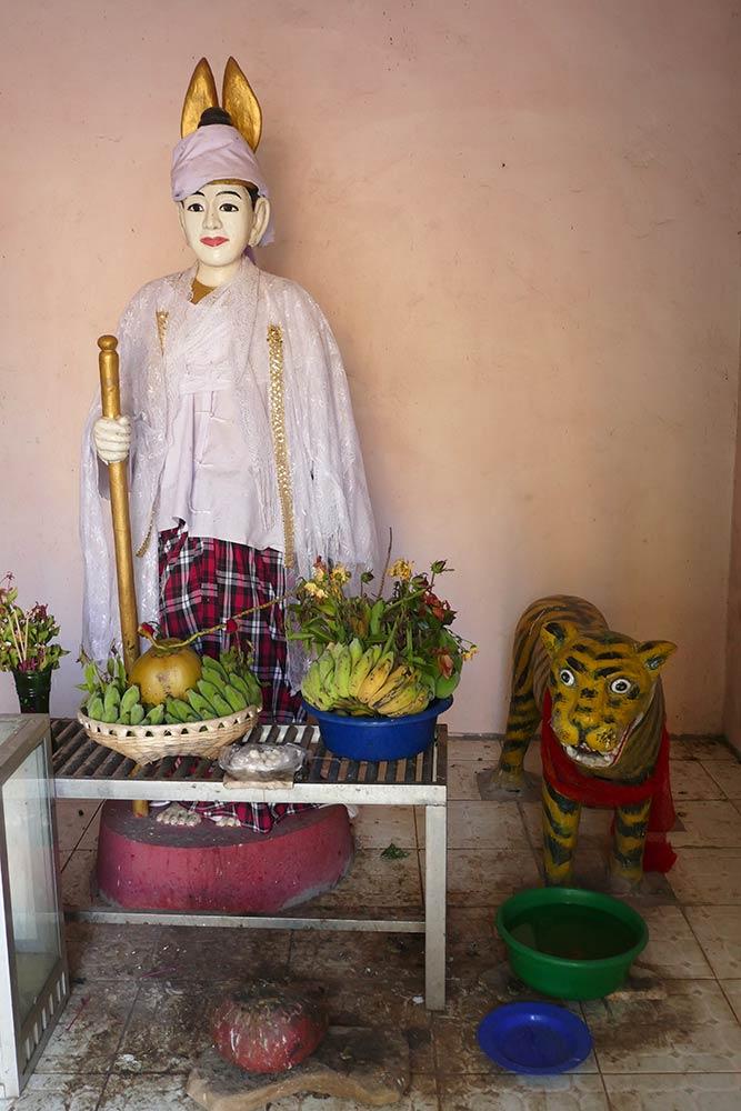 Shwe Bone Thar Pagoda, Pyay