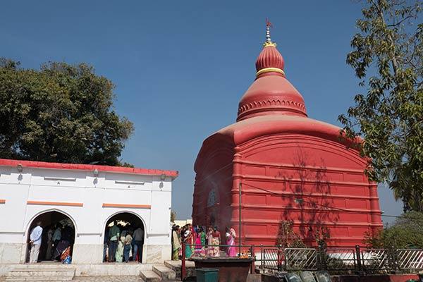 Tripura Sundari Shakti Pitha Tempel, Matabari, Tripura