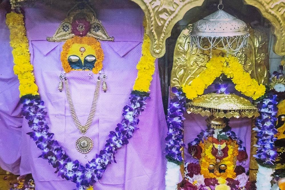 Icona di Naina Devi nel tempio di Naina Devi