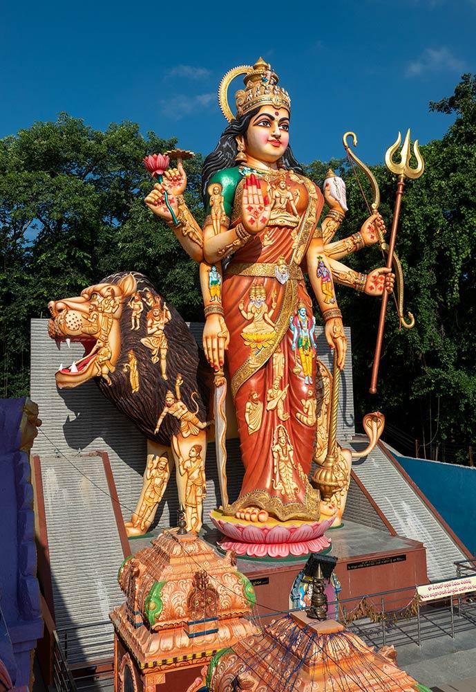 Большая статуя Шакти, Шакти Дхам, Наймишаранья
