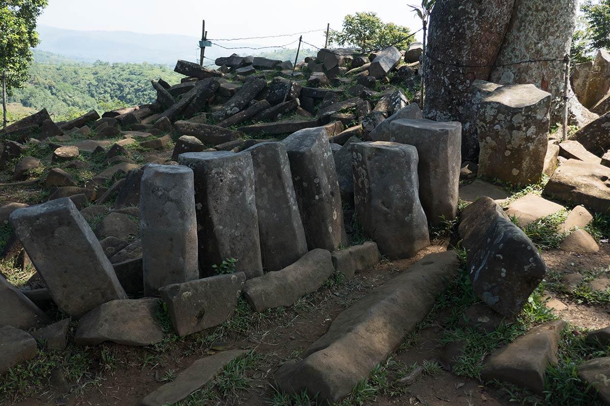 Gunung-Padang-Java-8-1200