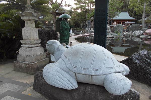शिकोकू कोंगोफुकुजी मंदिर 13
