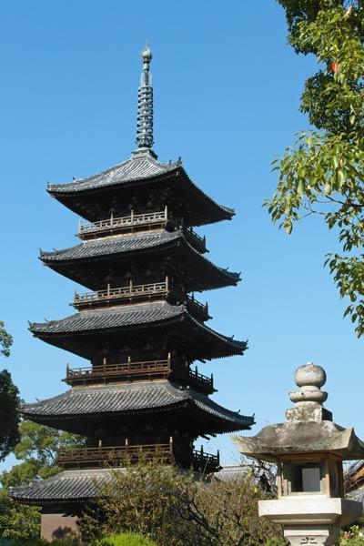 शिकोकु मोतोयामाजी मंदिर शिवालय