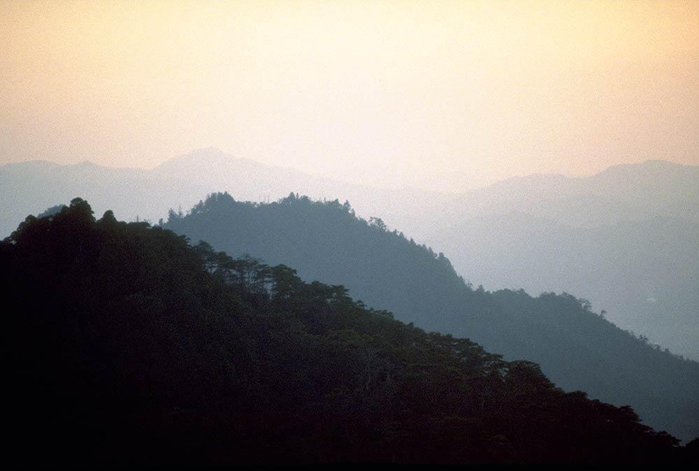 पवित्र पर्वत मिसेन सैन, मियाजिमा द्वीप, जापान