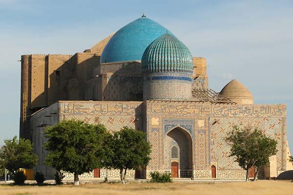 kazha akmed yasawi 2 का तुर्किस्तान मकबरा