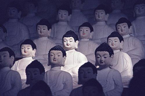 Cheju Do Buddha-Statuen