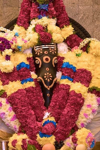 Statue de Ganesh à l'intérieur du temple Sri Venkatachalapathi Caves Batu