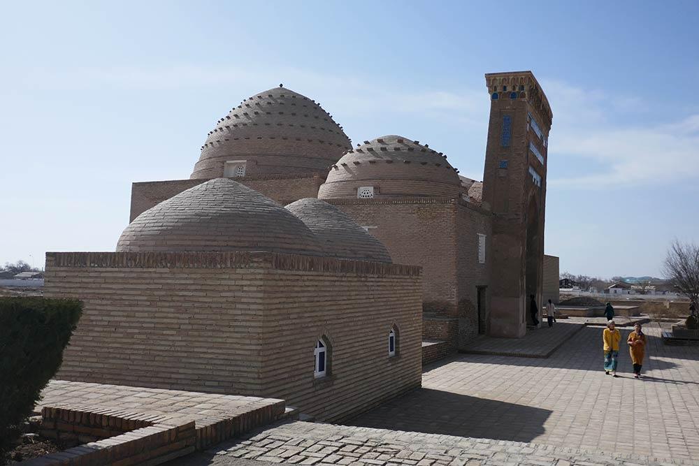 Mausoleen von Sultan Ali und Nadjimaddin Kubrick, Konye-Urgench
