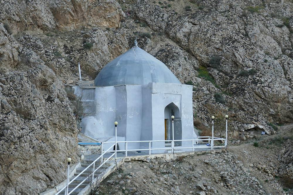 Paraw Bibi, in der Nähe von Serdar