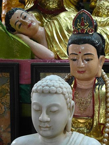 Ba Chua Xu Tempel, Chua Doc