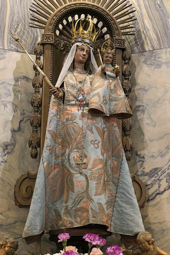 Statua di Maria, Cattedrale di Aix-la-Chapelle, Aquisgrana