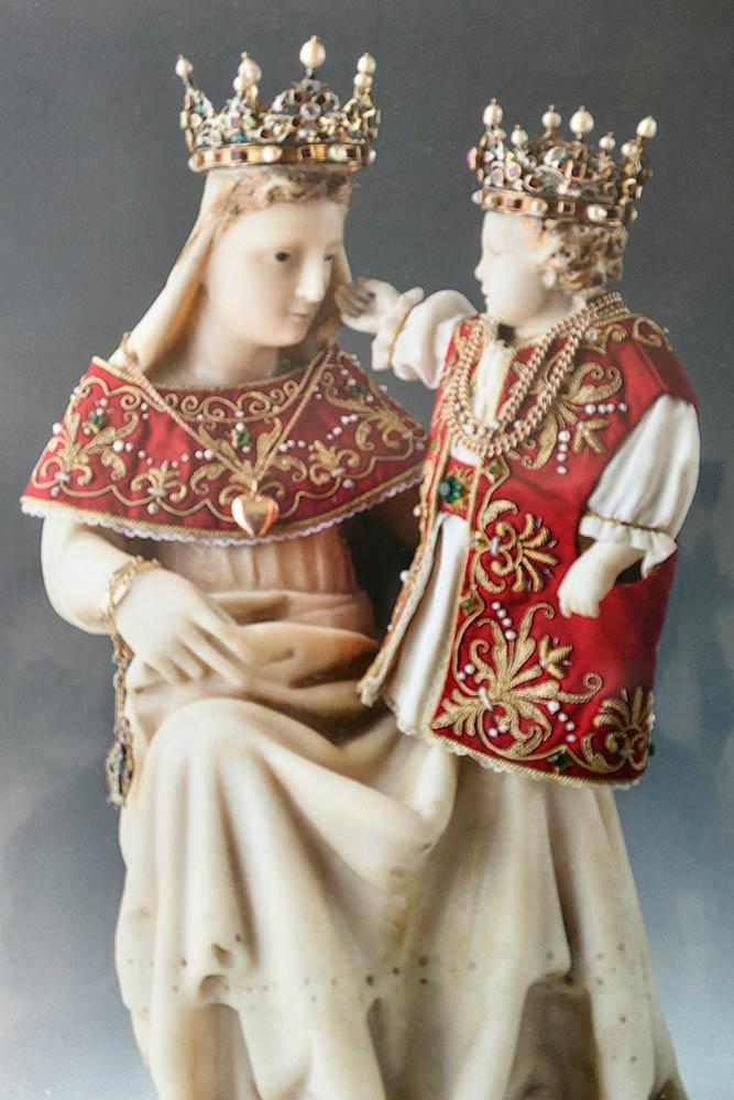 Statue von Maria und Jesus, Abtei Ettal, Ettal