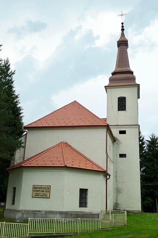 Csatka, Sarlós Boldogasszony Kirche
