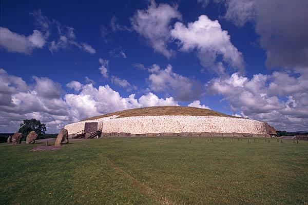 Newgrange Megalith-Steinhaufen