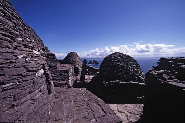 Les cabanes d'ermite en pierre, Skelling Michael