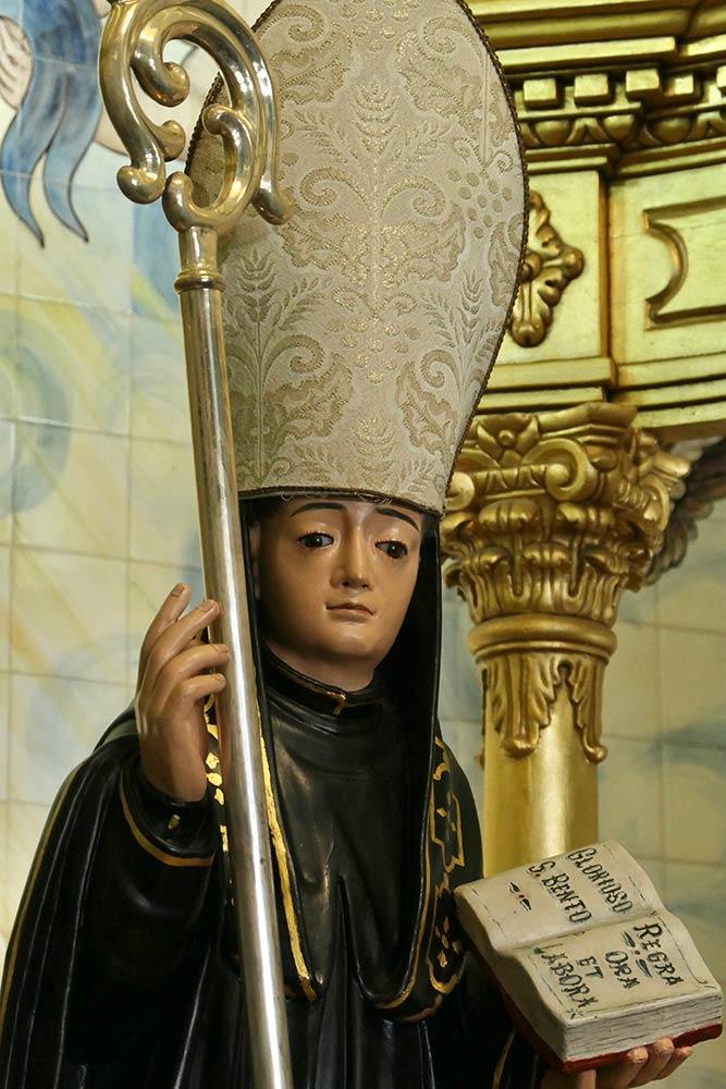 बासीलीका डी साओ बेंटो दा पोर्टा एबरता, साओ बेंटो की मूर्ति
