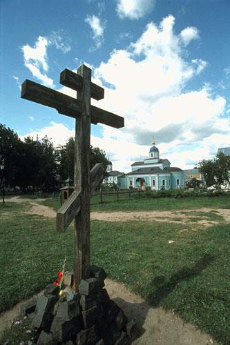 https://sacredsites.com/images/europe/russia/monastery-optina-pustyn-500.jpg