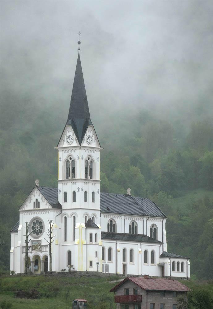 Kirche des Heiligen Herzens Jesu, Drežnica