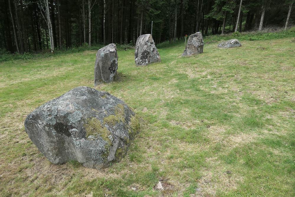Vrångstads पत्थर के छल्ले