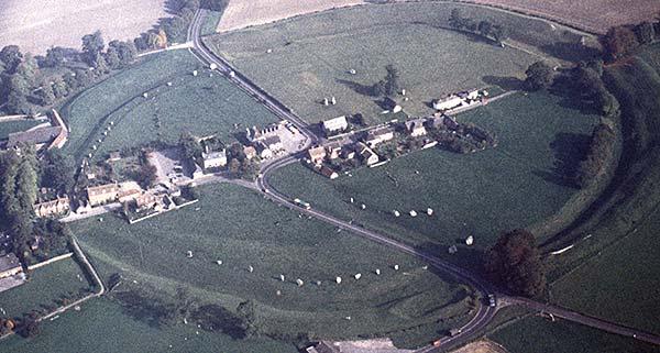 vue aérienne d'avebury