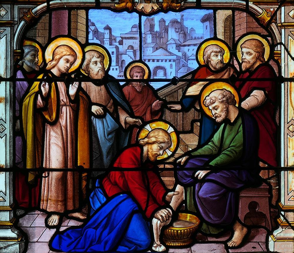 Церковь Сент-Эньян, Шартр. Образ Иисуса, омывающего ученикам ноги, Иоанн 13: 1-17.