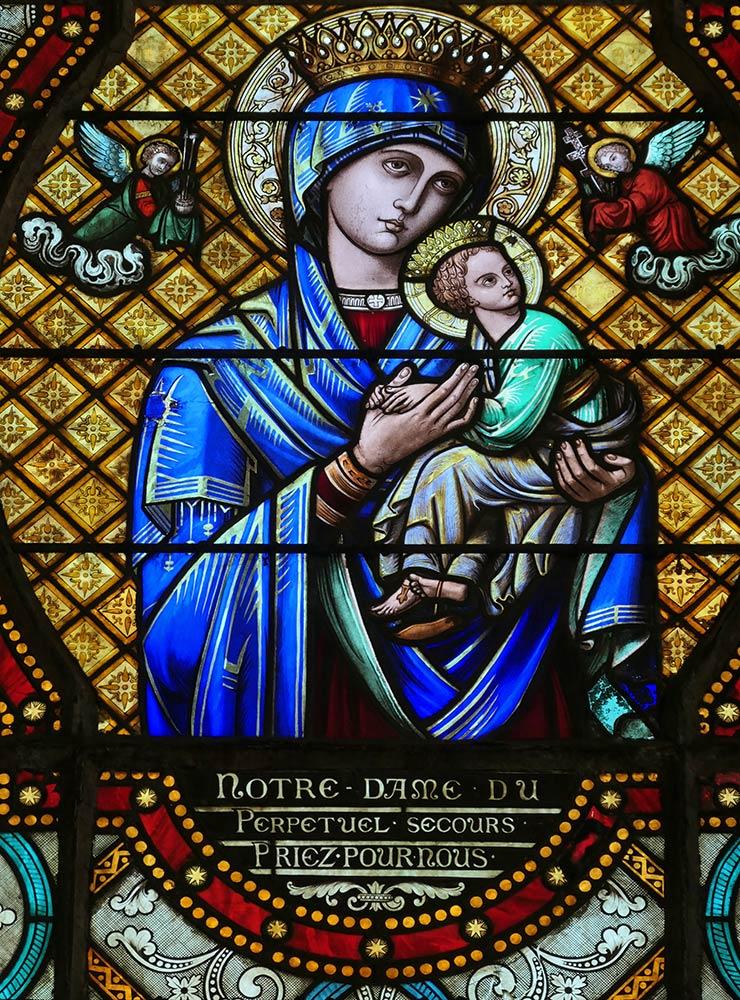 चर्च ऑफ़ सेंट पियरे, चार्टरेस