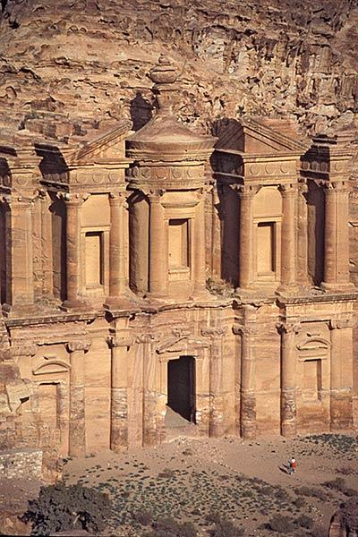 एल डीर का विस्तार, नबातियन मंदिर